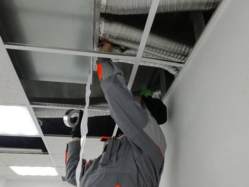 Фото ремонт систем вентиляции воздуха